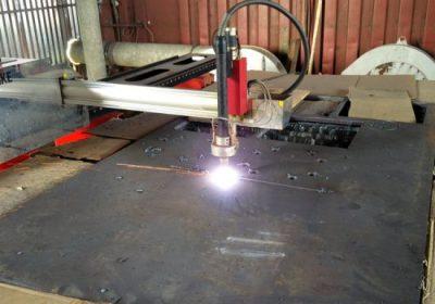 Gospodarski HIWIN železniški JX-2030 portalni CNC plazemski rezalni stroj